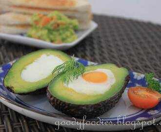 Recipe: Avocado baked eggs + Mashed avocado