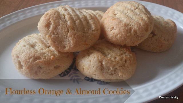 Flourless Orange & Almond Cookies