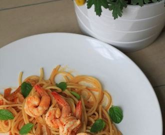 Recipe: Kimchi Pasta with King Prawns