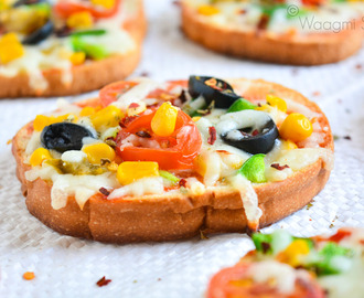 Mini Bread Pizza Bites