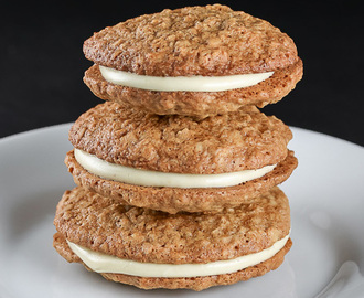Gluten Free White Chocolate Oatmeal Sandwich Cookies