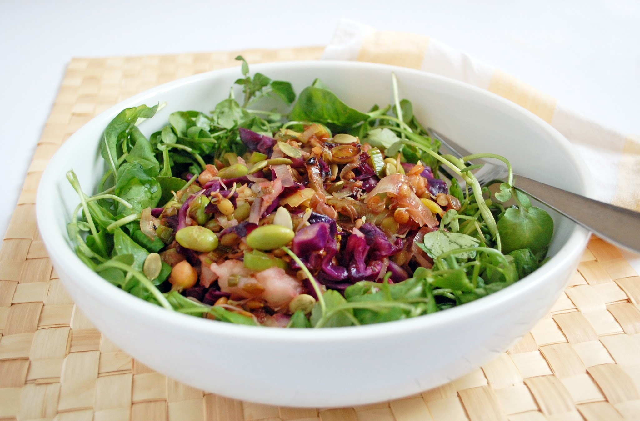 Apple chutney salad