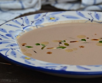 Crema fría de ajo negro y frutos secos – Black garlic and nuts cold soup