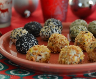 Bombones de queso con piña y frutos secos – Cheese balls with pineapple and nuts