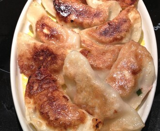 Pot-sticker dumplings three-ways – Jiaozi – 锅贴 饺子