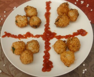 Yogurt and Sago fritters / Sabudana Pakode