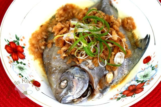 Steamed fish with radish and dried shrimps  ~  甜菜脯蝦米蒸鱼