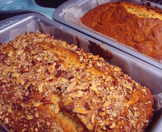 Banana Bread - Loaves for the Neighbors