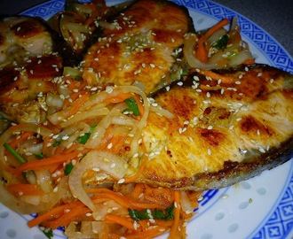 Pan Fried Salmon With Tasty Onion Salad