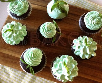 Dark Chocolate Mint Cupcakes (Grasshopper Cupcake)