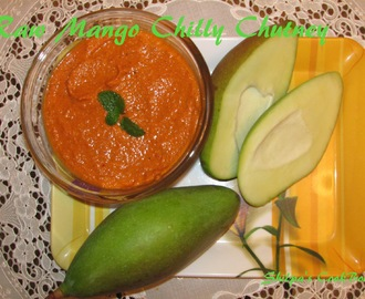 Raw Mango Chilli Chutney (Mango Chilli Sandwich Spread)