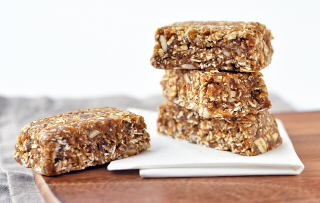 Apricot and ginger flapjack...no bake