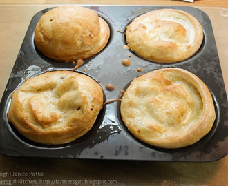 Yorkshire Pudding Day with Mermaid Bakeware Review