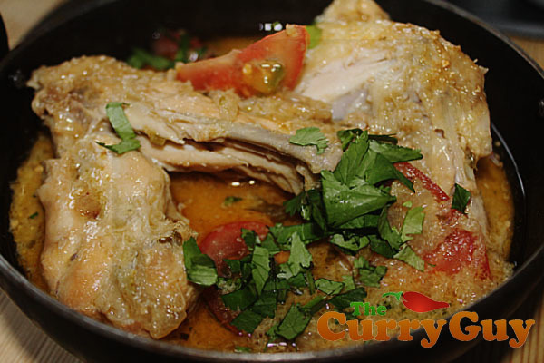 Shahi Murgh Korma – A Traditional Chicken Curry With Yogurt And Ginger