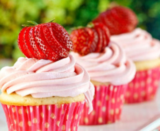 Strawberry Shortcake Cupcake