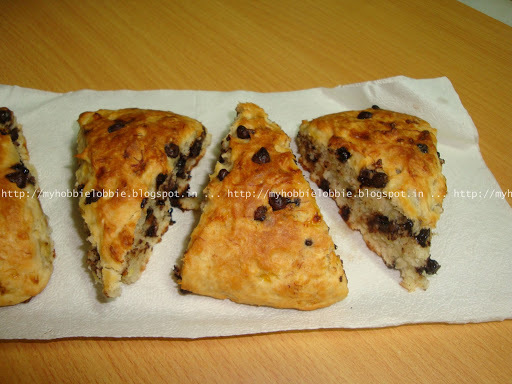 SRC - Chocolate Chip Banana Bread Scones