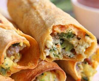 Baked Sausage, Spinach, and Egg Breakfast Taquitos