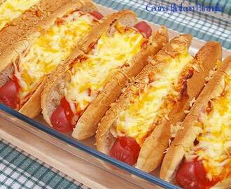 Perritos calientes (Hot Dogs) con queso