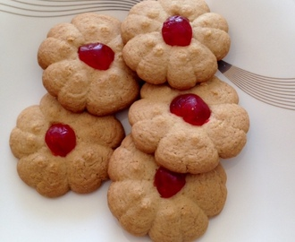 Cherry and Vanilla Biscuits