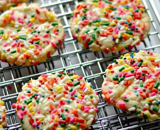 Eggless Rainbow Freckles Cookies