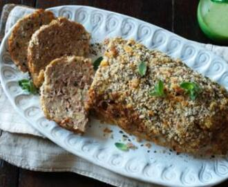 Minced pork meatloaf with soured cream (Faschierter Rahmbraten)