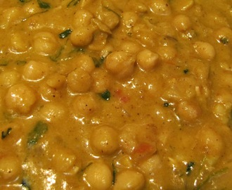 Channa Masala(Chole Masala) with rich gravy