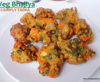 Mix Vegetable Fritters/ Bhajiyas