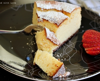 Light and fluffy Ricotta Cheesecake  (with homemade ricotta)