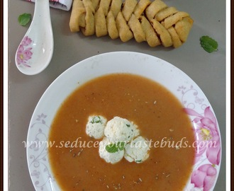 Onion Soup with Herbed Paneer Balls