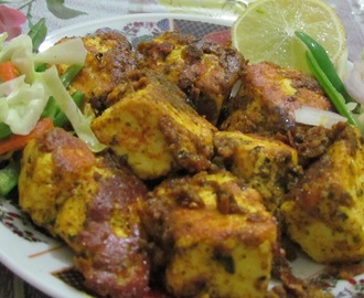 Paneer Tikka (Cottage cheese cooked with spices)