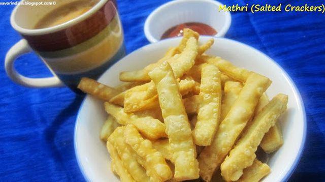 Mathri Recipe (Salted Crackers) /Namkeen Pare