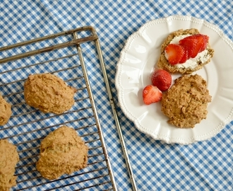Grove scones med kokosmelk