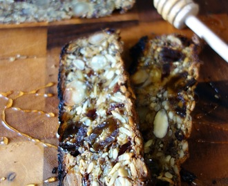 Seed and Nut Loaf with Dates and Dried Cranberries - Daring Bakers' Challenge August 2015