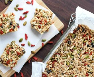 9 Homemade Snack Bars Perfect for Kids Lunch Box