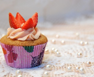 Strawberry Buttercream Frosting Recipe
