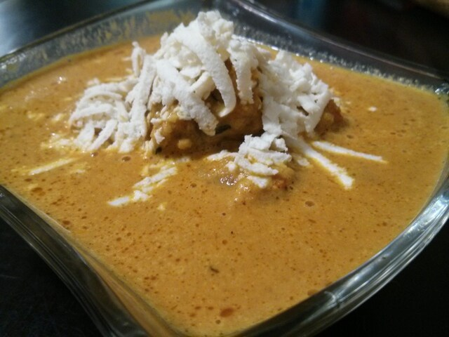Malai Kofta (Soft Vegetable Balls In Creamy Curry)