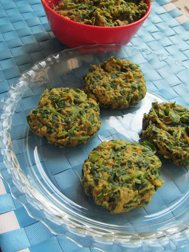 Gujarati Methi Muthiya Recipe