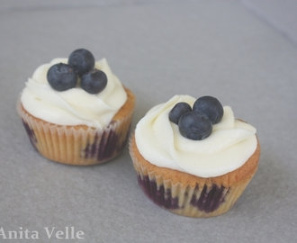 Blueberry cupcakes with creamcheese frosting