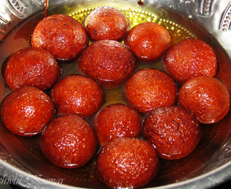 Gulab Jamun, a typical Indian dessert