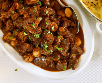 Slow Cooker Beef and Mushroom Casserole