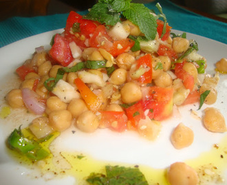 Chickpea salad with lemon and fresh herbs