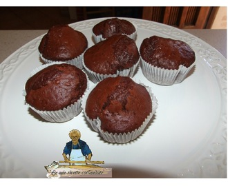 MUFFIN ALLO YOGURT E CACAO