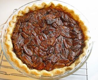 Discussione Pecan Pie (crostata americana di noci): un classico made in USA (e varianti!!)