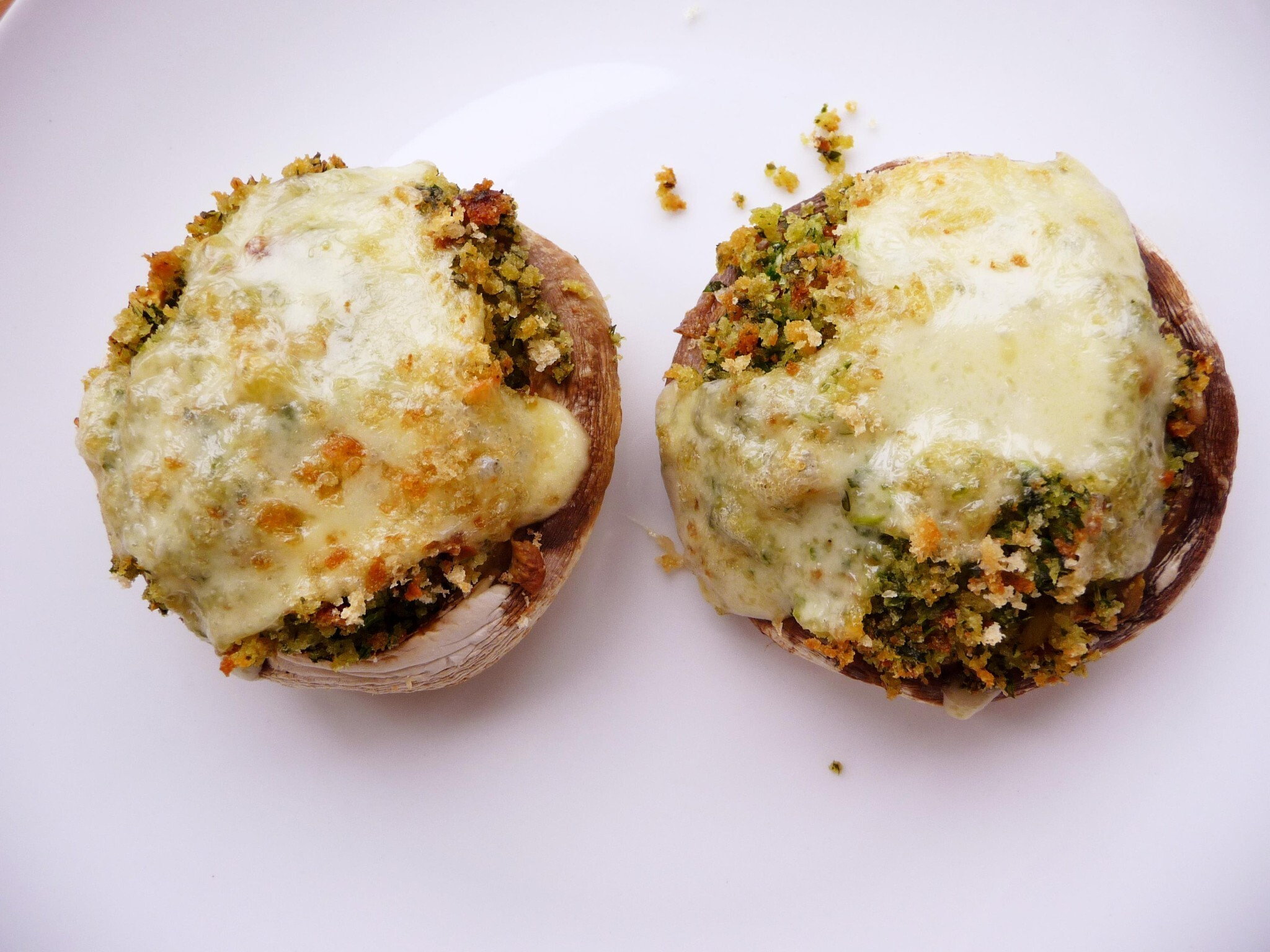 Rocket Pesto stuffed mushrooms
