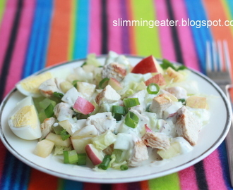 Creamy chicken, apple and celery salad