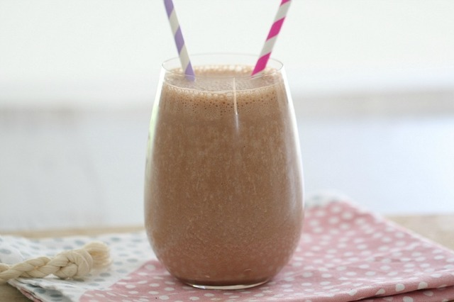 Healthy Thermomix Chocolate Banana Smoothie