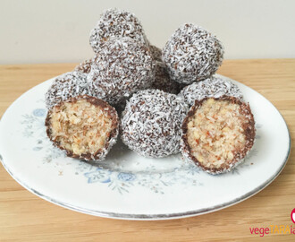 Raw lamington bites and Australia Day snack ideas