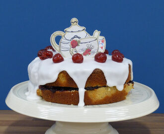 Cherry Bakewell Cake (Recipe) - for Norwich June 2013 Clandestine Cake Club