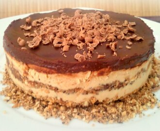 Tarta de moka y chocolate al brandy