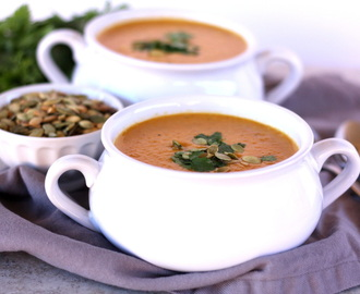 Coconut Pumpkin Thai Soup with Roasted Pepitas